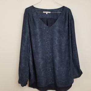 Violet & clair navy animal print blouse size XL